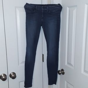 Guess Jeans size 26 Power Skinny